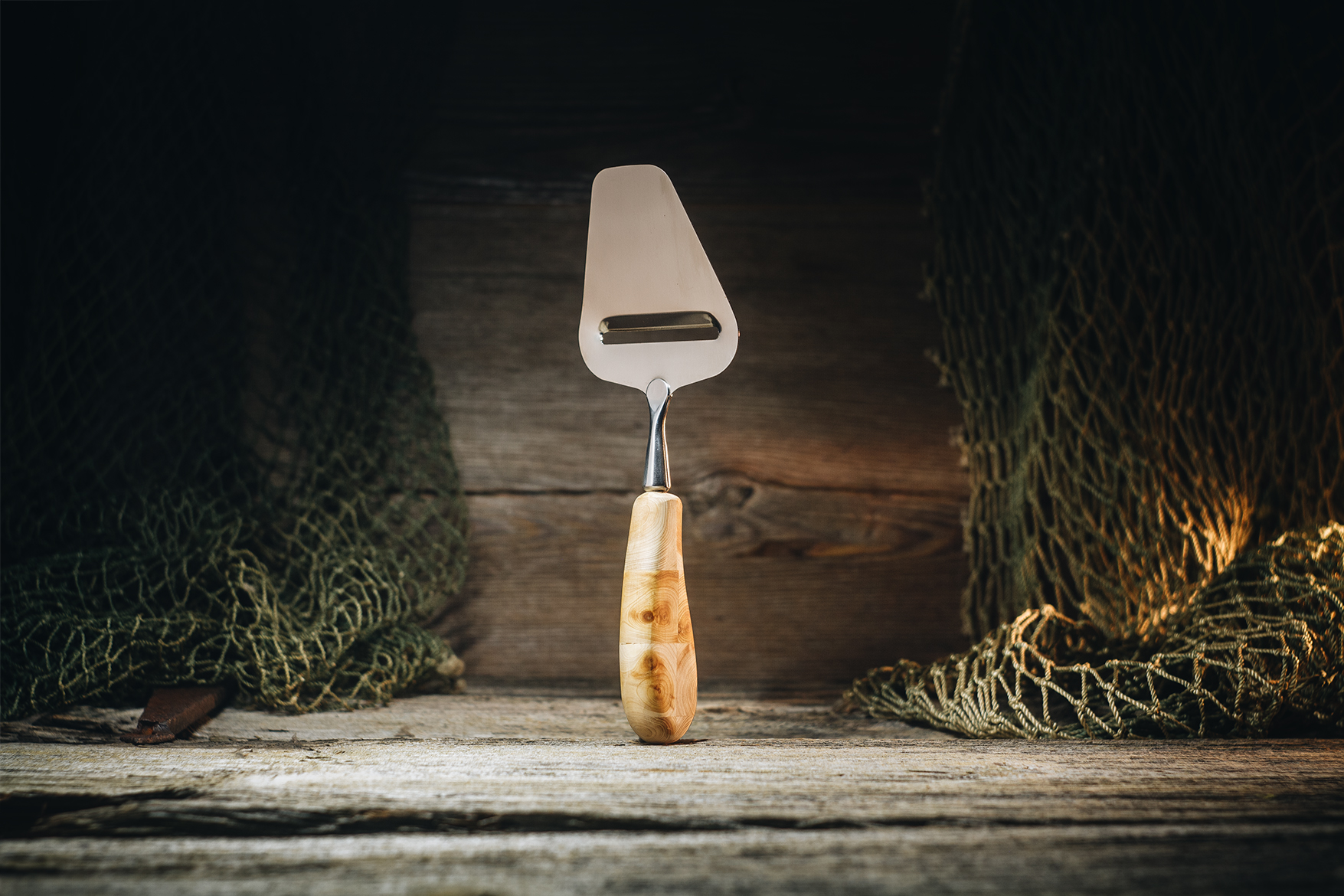 Cheese slicer traditional (juniper)